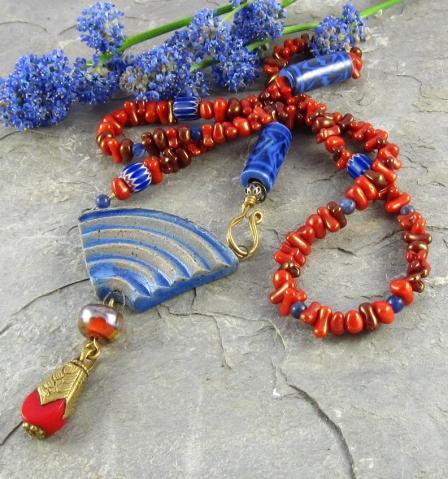 """Blue Curve"" Necklace"