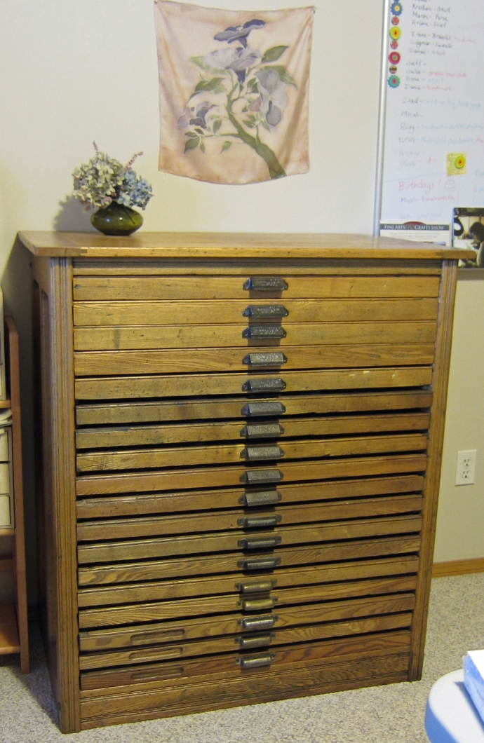 My husband gave me a gorgeous antique Hamilton printers cabinet for  Christmas 2 years ago. I keep all my art beads in those drawers and I  realized that my ... - Art Bead Organization