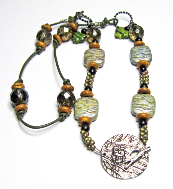 Green necklace with pewter owl toggle clasp