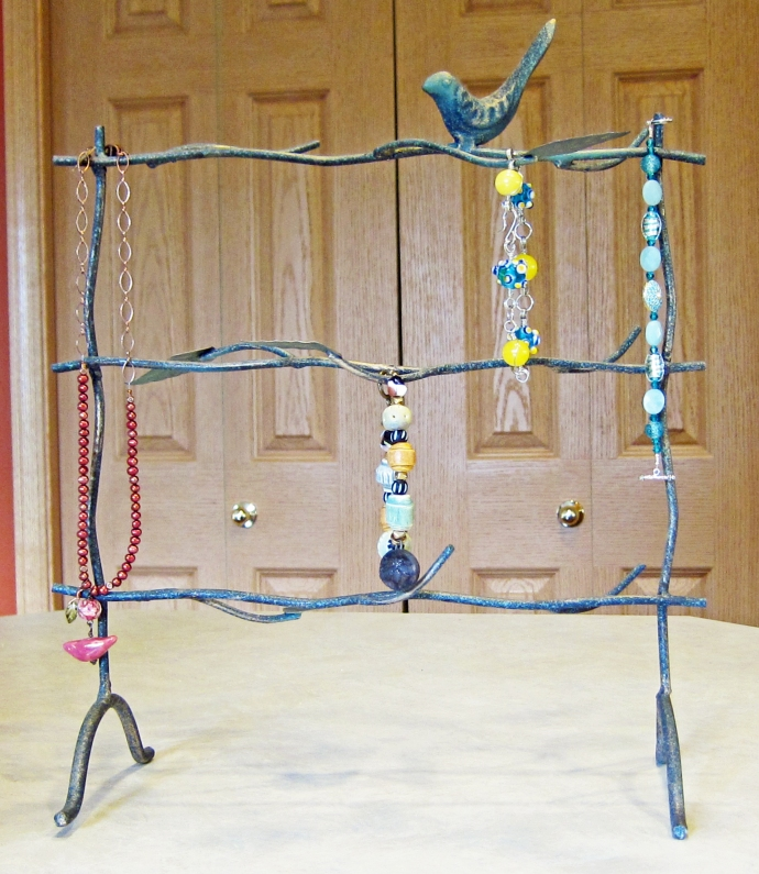 jewelry display with branch design