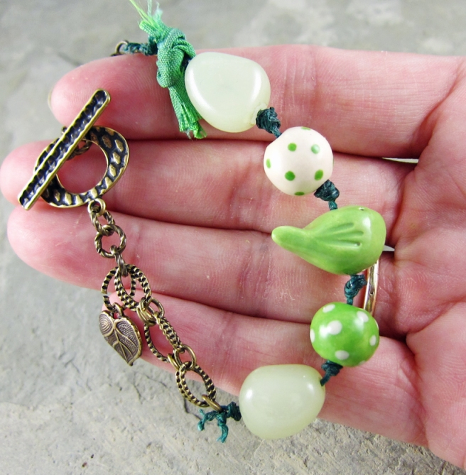 Green ceramic bird bracelet