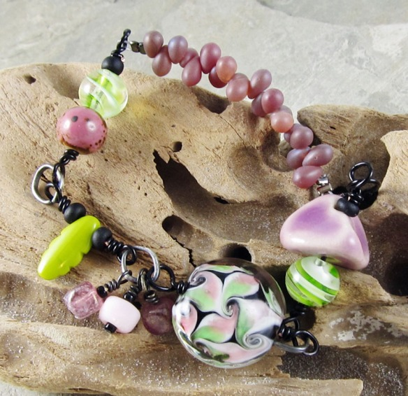 Beauty Berry bracelet