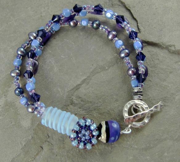 Iris Bouquet Bracelet 1